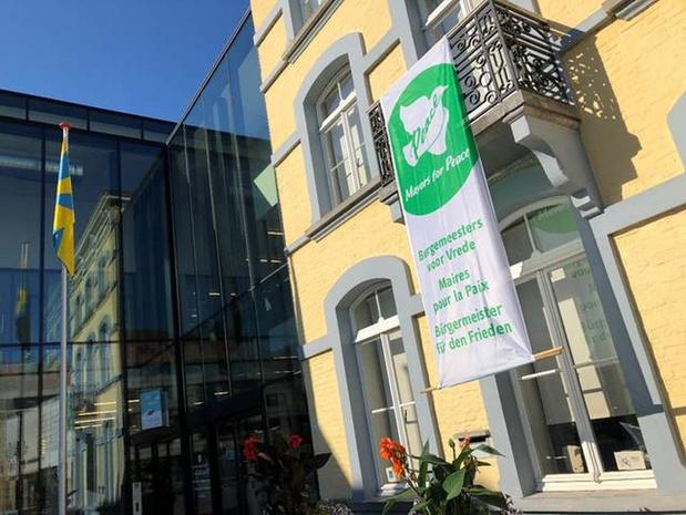 Ook Veurne pleit voor nucleaire ontwapening met Mayors for Peace vlag