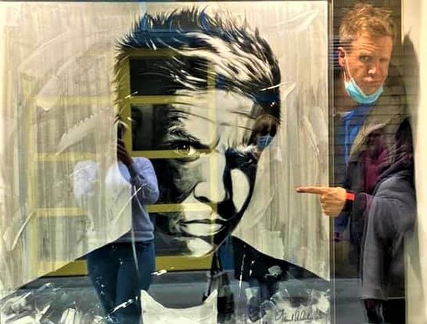 Blankenbergse kunstenaar Frank De Decker krijgt Gert en James op bezoek