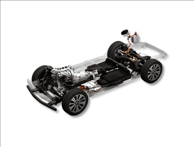 Mazda poursuit son électrification