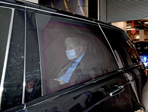 Retour au confinement total en Angleterre, annonce Boris Johnson