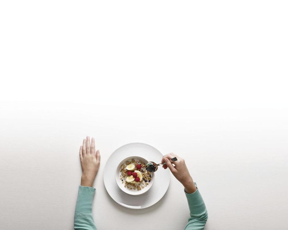 De gezondheidsvoordelen van het ontbijt: wat is ervan aan?