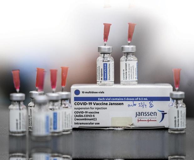 Décès après vaccination : le vaccin Janssen limité aux plus de 40 ans