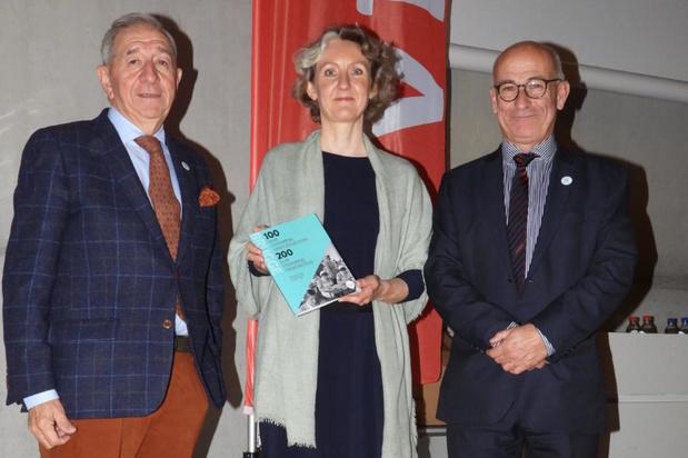 Vives Brugge viert 100 jaar verpleegkunde en 200 jaar vroedkunde met boek
