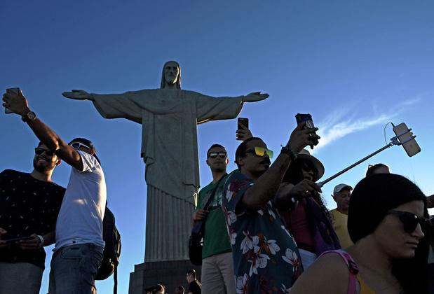Le selfie, une frénésie touristique de plus en plus mortelle