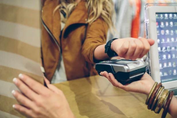 La CBC introduit le paiement avec la montre connectée et d'autres wearables