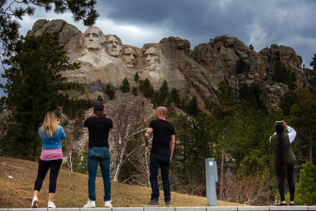 En images: emblématique des Etats-Unis, le Mont Rushmore ouvert au public mais presque vide