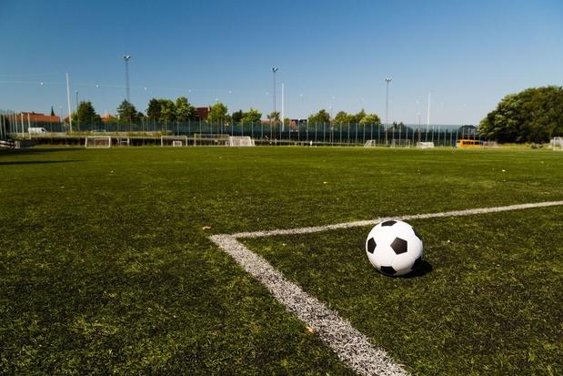 Accord avec le foot amateur: les duels décisifs en D1A pas le dimanche après-midi