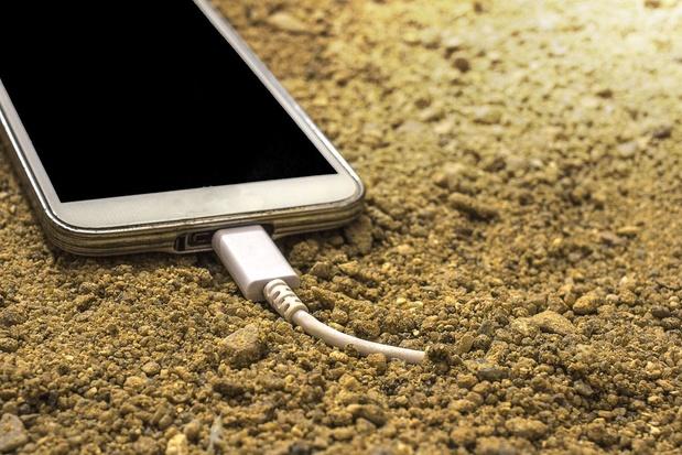 La 5G freine à peine le recul des ventes de smartphones