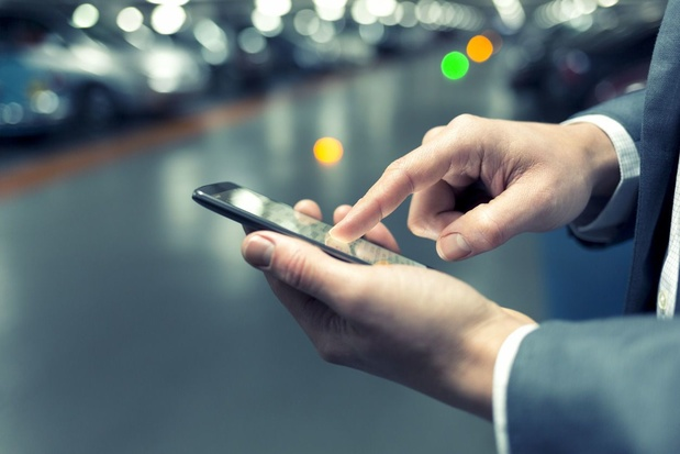 La téléphonie fixe et les SMS de moins en moins populaires, au contraire de Netflix et Cie