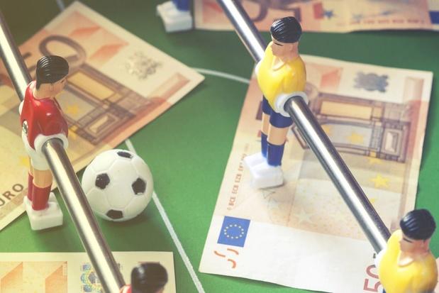 Plafonner les salaires des footballeurs, cap ou pas cap?
