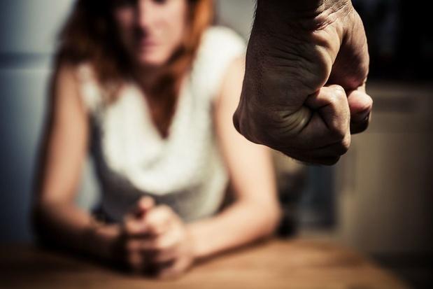 Stop à la violence à l'égard des femmes (carte blanche)