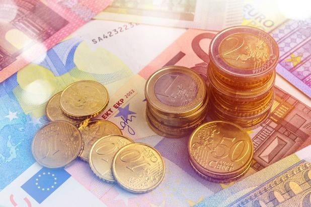 """Sans le cash, il suffira d'un """"clic"""" pour que votre argent soit bloqué !"""