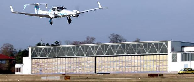 Duitse wetenschappers laten vliegtuig volledig autonoom landen