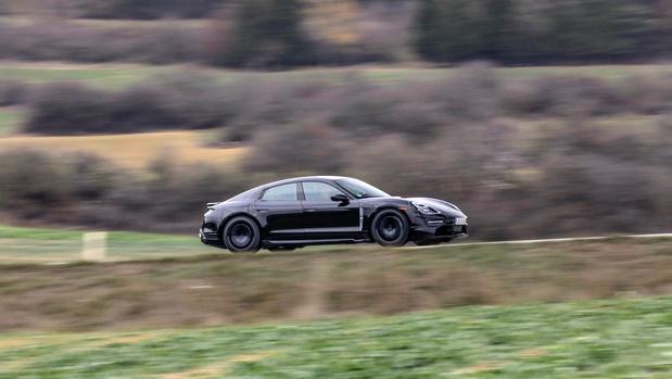 30.000 Porsche Taycan précommandées