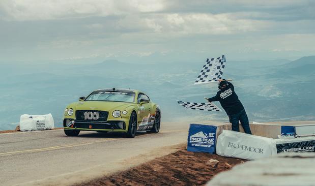 Un nouveau record à Pikes Peak pour Bentley