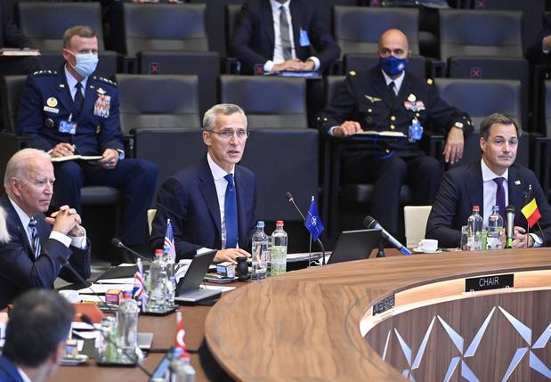 Mettre en garde la Russie et faire bloc face à la Chine, la double ambition de l'Otan