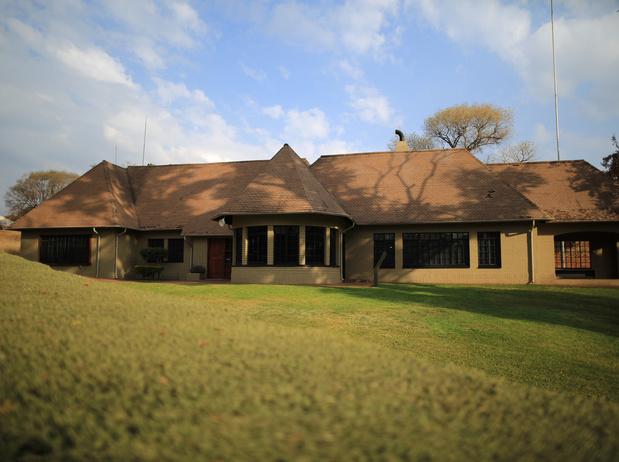 Fermeture de la Liliesleaf Farm, haut-lieu de la lutte anti-apartheid