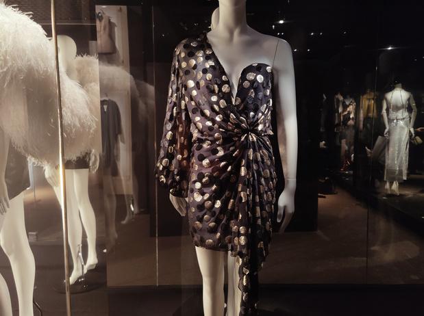 Existe-t-il une particularité bruxelloise dans la mode? Une exposition répond enfin à la question