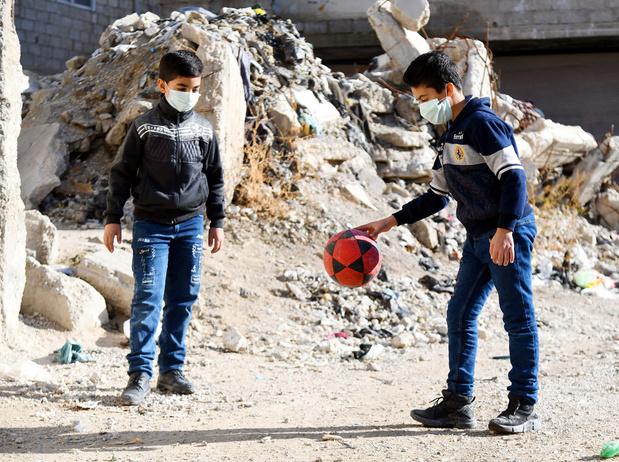 La Belgique pointe le sort des enfants, victimes oubliées de la pandémie, surtout en zones de conflit