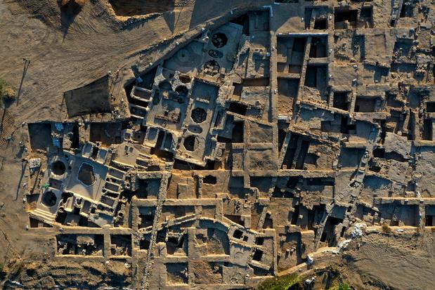 Découverte d'un gigantesque site de production de vins datant de 1.500 ans, en Israël