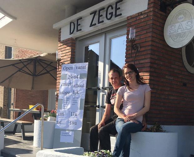 Nieuwe uitbaters De Zege in Boezinge starten met afhaalconcept
