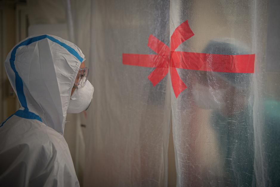 Factcheck: nee, ziekenhuizen moeten niet alle bedden op Intensieve Zorg vrijhouden voor coronapatiënten