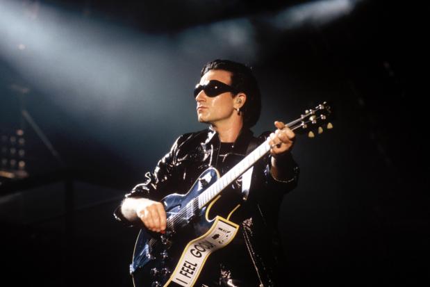 'Aan dat pissijn in het café waar de tijd had stilgestaan, resoneerde 'One' van U2 ineens wél'