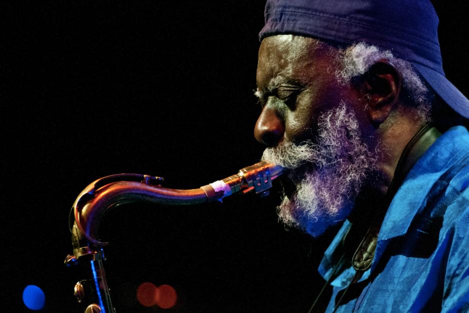 De diepere draai (5): (her)ontdek het oeuvre van Pharoah Sanders, veteraan van de kosmische jazz