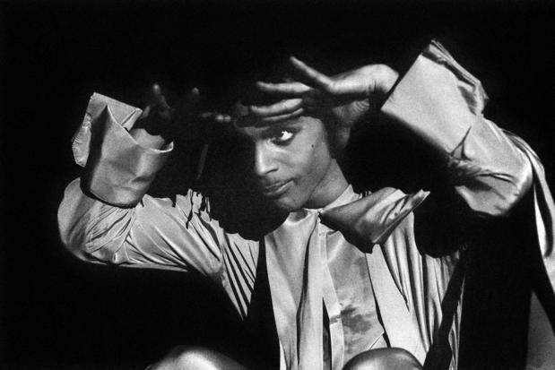 Warner Records brengt onuitgegeven nummers van Prince uit op heruitgave van 'Sign 'O' The Times'