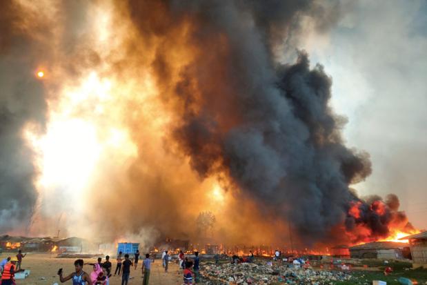 Brand breekt uit in Rohingya-kamp in Bangladesh