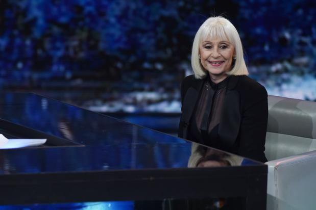 'A far l'amore comincia tu'-zangeres Raffaella Carrà overleden