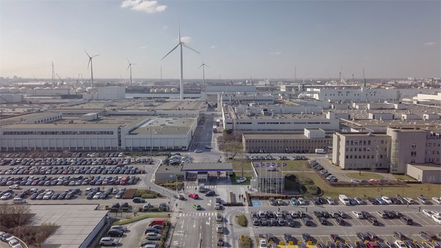 Volvo Car Gent vervoert auto's per spoor naar China