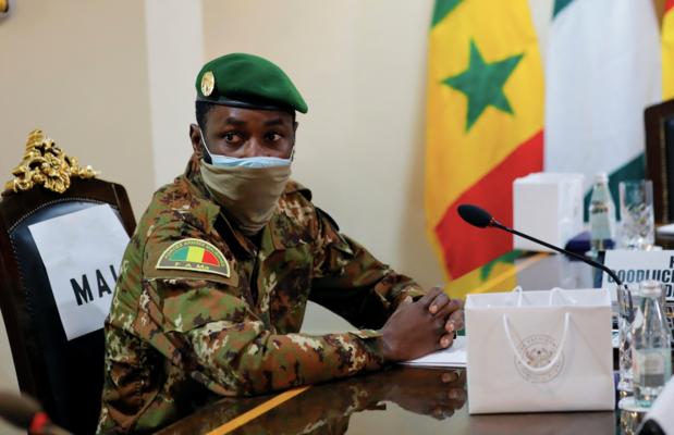 West-Afrikaanse bemiddelaar mag gearresteerde leiders van Mali ontmoeten