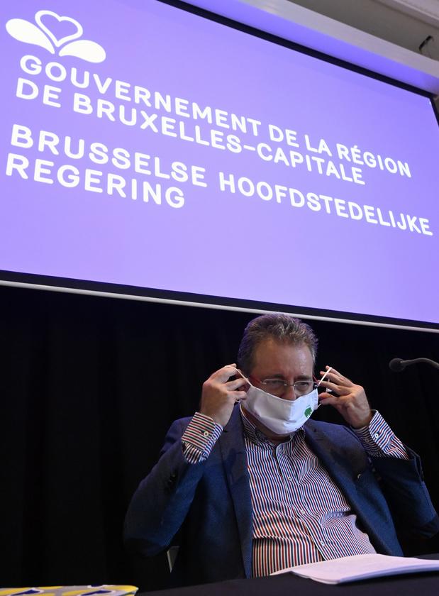 L'obligation du masque à Bruxelles, révélatrice de la gestion chaotique de la crise