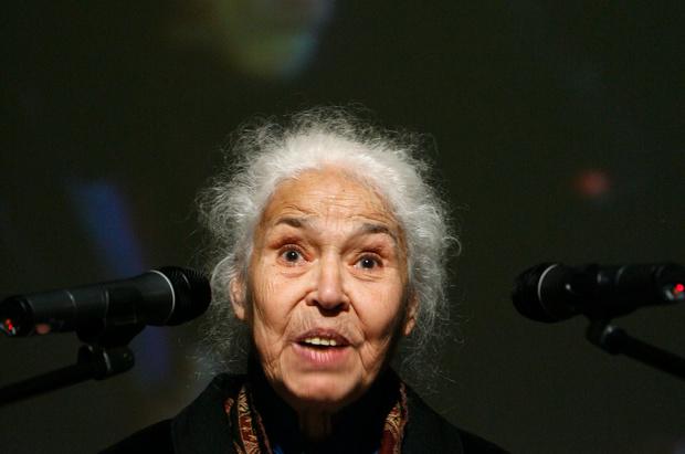 Auteur en feministisch boegbeeld Nawal El-Saadawi (89) overleden