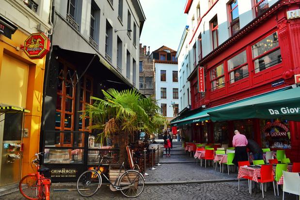 Comment Bruxelles et les grandes villes de Wallonie anticipent la réouverture des bars et restaurants?