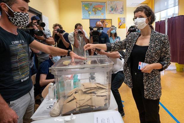 Elections en France: abstention record et forte percée écologiste