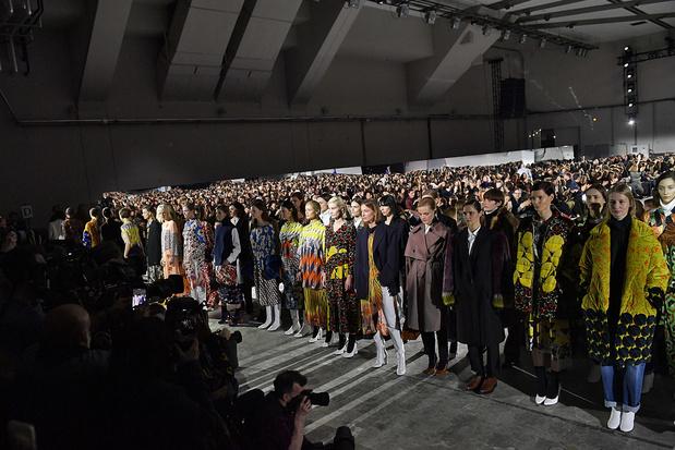Les acteurs de la mode se rebellent contre les règles d'une industrie devenue frénétique