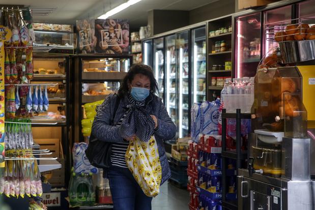 Certains supermarchés distribueront des masques gratuitement