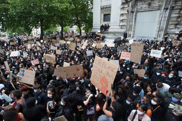 Droit de manifester: le CNS mis sous pression