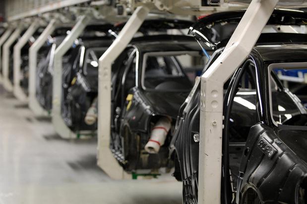 """""""L'industrie automobile produit plus de gaz à effet de serre que l'ensemble du l'UE"""""""