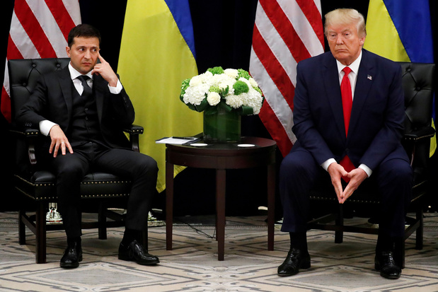 """Echange Trump/Zelensky : """"désastre"""" ou jeu habile pour les Ukrainiens"""