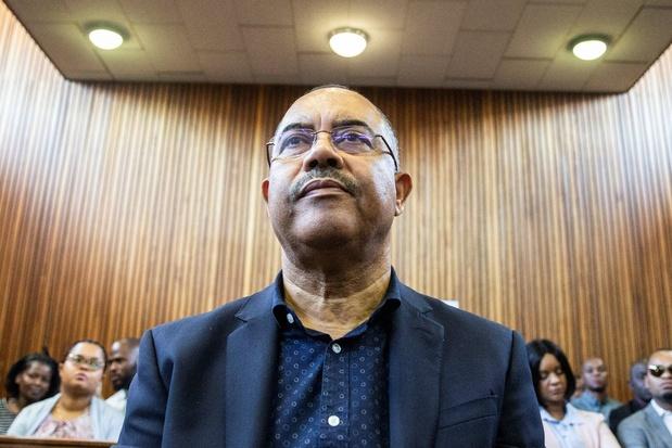 L'ex-ministre mozambicain des Finances accusé de corruption extradé vers son pays
