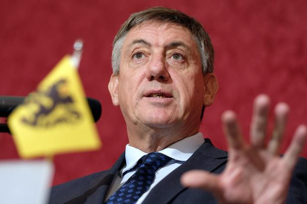 Formation fédérale: Jan Jambon veut répartir certains portefeuilles entre un ministre néerlandophone et un francophone