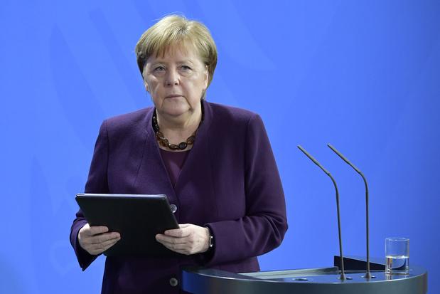 """Brexit: l'UE doit se préparer à un éventuel """"no-deal"""""""