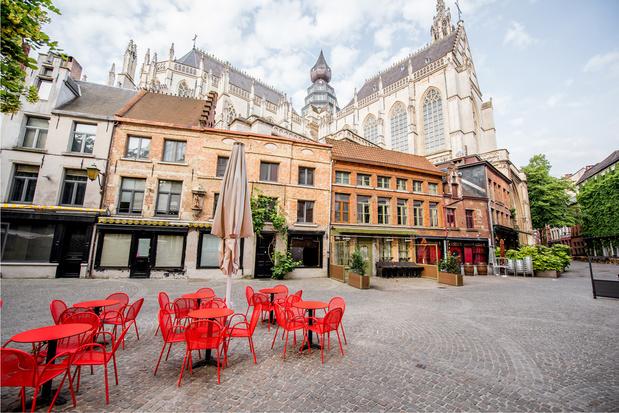 Tables limitées à 4 personnes ou à une famille dans les établissements horeca d'Anvers