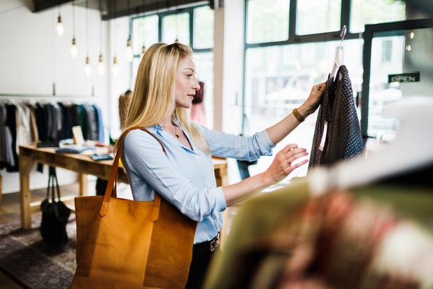Fashion Checker, l'outil en ligne pour évaluer l'exploitation dans la production des vêtements