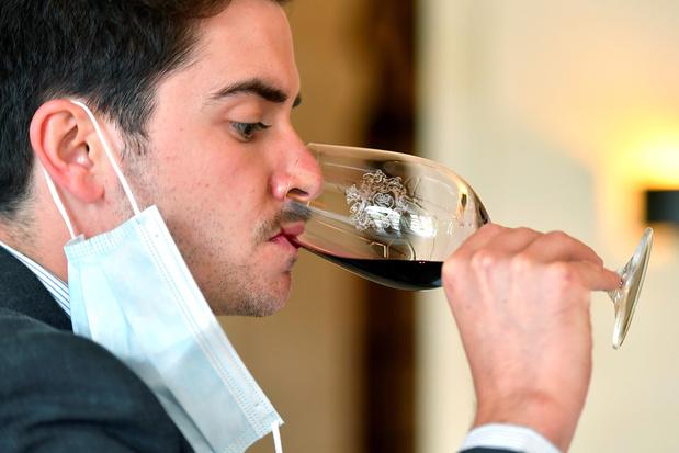 Moment crucial, la dégustation de vins primeurs de Bordeaux se réinvente au temps du coronavirus