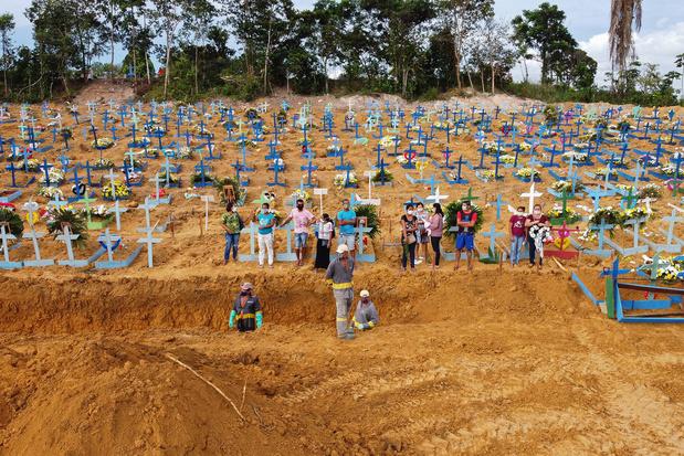 Brésil: le maire de Manaus appelle Greta Thunberg à l'aide contre le coronavirus