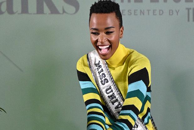 Zozibini Tunzi, une Miss Univers inspirante pour les jeunes Noires